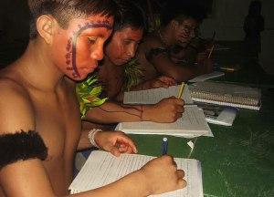 estudantes-indigenas-divulg